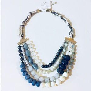 Jewelry - Blue tone Necklace